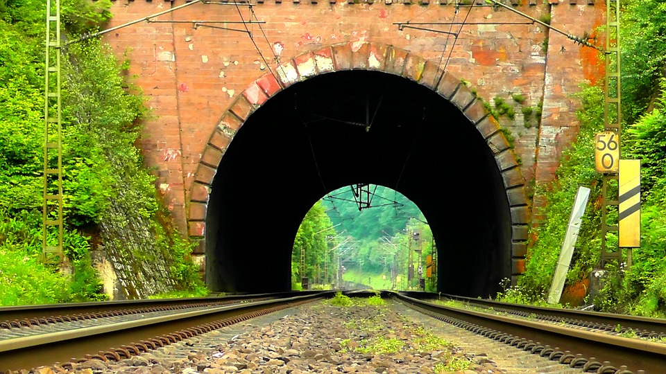 Beautiful Tunnel; tunnel vision article