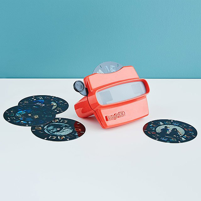 https://cozyclothesblog.com/how-to-give-and-ask-for-something-everyone-will-love!-a-gift-guide/? | Personalized View Master